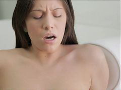 Lesbian Lovers Play Licking Pussy