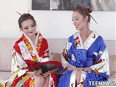 Asian teen Christy Love eating lesbian pussy in kimono 69