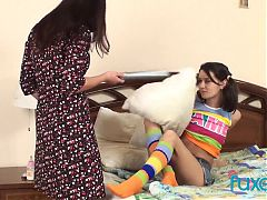 Teen girls Lara Blatov and Amber Aminev