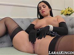 Euro MILF Lara exchanging pussy juices with stylish babe